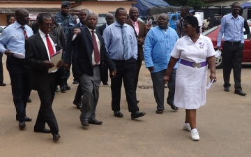 A dep. minister for health visits Accra Psychiatric Hospital_1