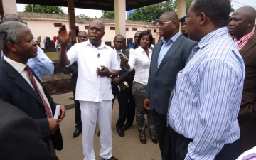 A dep. minister for health visits Accra Psychiatric Hospital_2